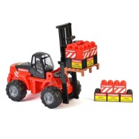 Mammoet forklift with building blocks