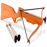 Crossbow big with 3 arrows wood