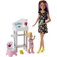 Barbie - Skipper Babysitters Doll and Playset - Bathroom (FJB01)