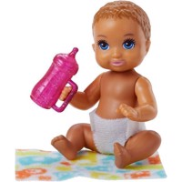 Barbie  Babysitters Light Brown Hair FHY78