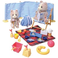 Sylvanian Families  Day at the seaside