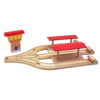 Wooden Trainstation With 3 Tracks